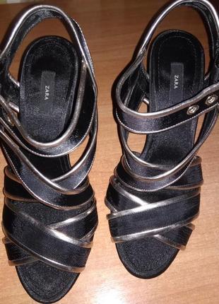 Zara basic контрастные босоножки на высоком каблуке