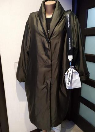 Стильный оригинальный плащ пальто оверсайз