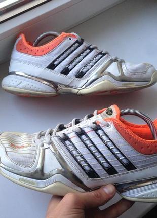 Кроссовки adidas stabil