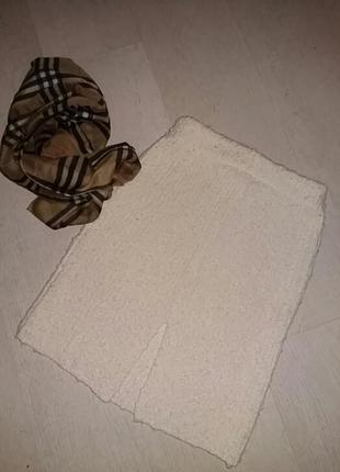 Красивая юбка букле на подкладке. 36 размер. франция.