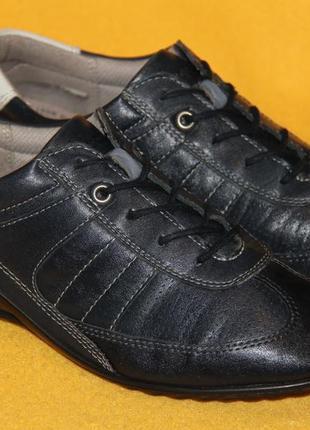 Кроссовки, туфли ecco р.36-37 стелька 24 см