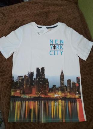 Очень красивая футболка.