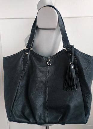 Кожаная большая сумка-шопер из натуральной кожи черного цвета