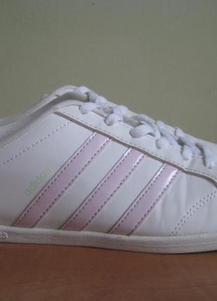 Кроссовки adidas  р.38 оригинал.