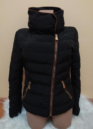 Куртка короткая с интересным воротником
