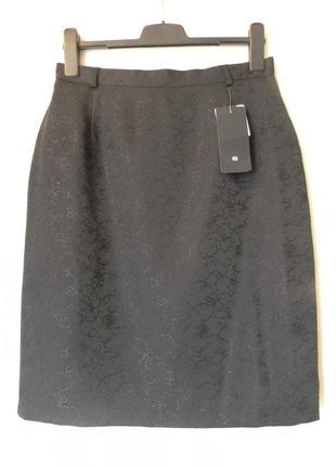 Классическая юбка c&a р.42 черная