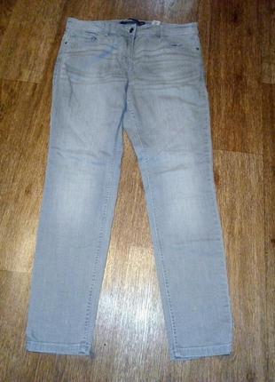 Светлые джинсы1 фото