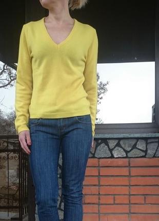 Benetton яркий пуловер 100% шерсть, размер s