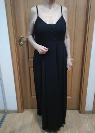 Красивое длинное платье. ткань типа масло. супер! р. 16-18