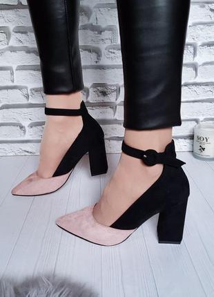 Классные туфли, босоножки на каблуке