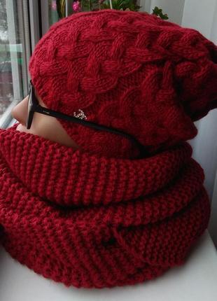 Новый красный комплект: шапка (на флисе) и хомут восьмерка, темно-красный (вишневый)