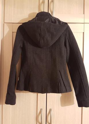 Теплая куртка с капюшоном adidas xs шерсть 70%2