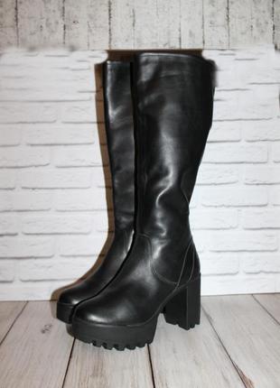 Трендовые кожаные сапоги bullboxer на массивной подошве 41 размер 100% натуральная кожа