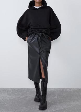 Новая черная утепленная худи zara на флисе, черная толстовка с пышными рукавами