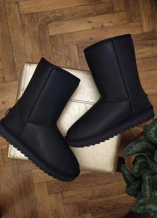 Угги сапоги дутики кожаные высокие средние черные зимние женские снегоходы