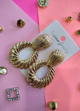 Женские серьги, цвет золото
