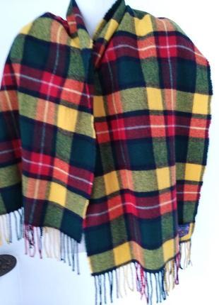 Шерстяной   шарф gant.