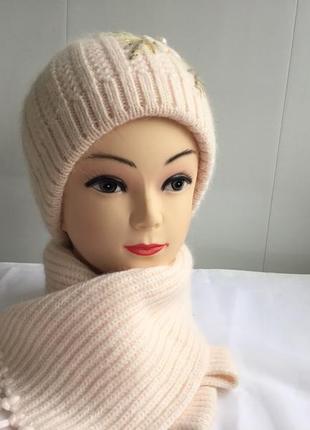 Шапочка с шарфиком новая