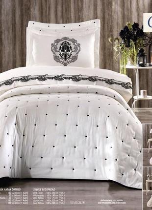 Турецкое покрывало молочного цвета на двухспальную кровать