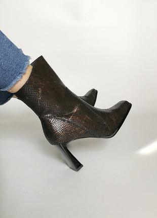 Нереальные трендовые ботинки с квадратным носком в стиле zara