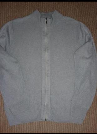 Продам новый мужской свитер фирмы rogerkent