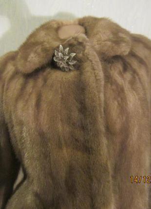 Натуральная норковая шуба 44-46 размер  от saga mink.