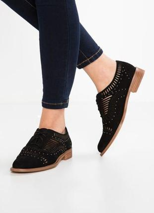Туфли на шнурках, оксфорды, броги vince camuto 40- 41размер