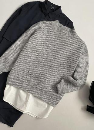 Стильный свитер с рубашкой и объемным рукавом primark