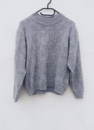 Шикарный вязанный косами серый свитер с акрилом