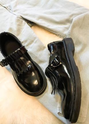 Шикарные кожаные туфли броги dr martens