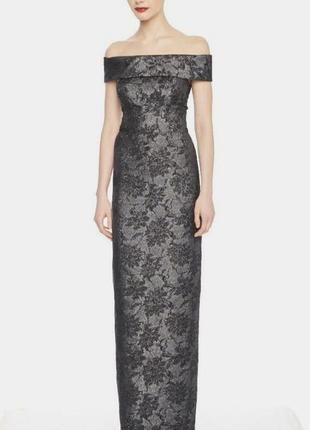 Вечернее длинное платье из жаккарда с открытыми плечами