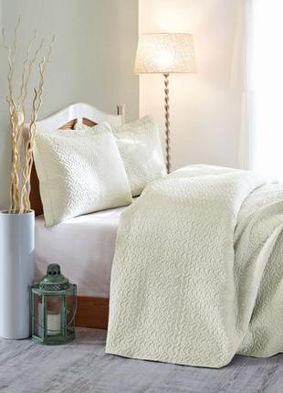 Стильное турецкое покрывало с наволочками на двухспальную кровать