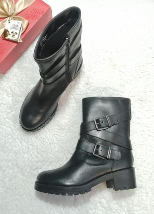 Кожаные полусапоги-ботинки на низком ходу. new look,