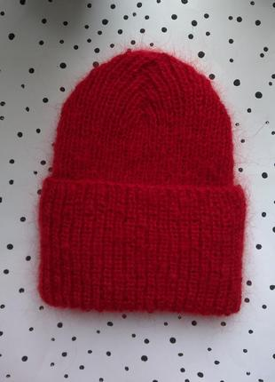 Красная шапка мохер бини вязаная