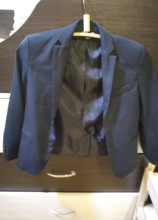 Пиджак для мальчика на рост 122