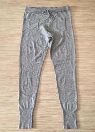 Кашемировые вязаные штаны серого цвета размер l от manor