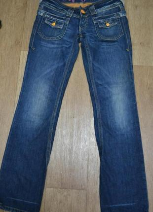 Классные джинсы известной марки pepe jeans london