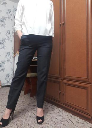 Стильные брюки massimo dutti