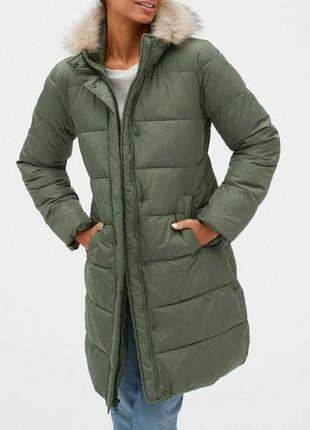 Зимняя курточка gap. размер м. новая, оригинал