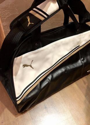 Красивая чёрная сумка puma в зал. сумка ручная кладь. сумка для спорт зала