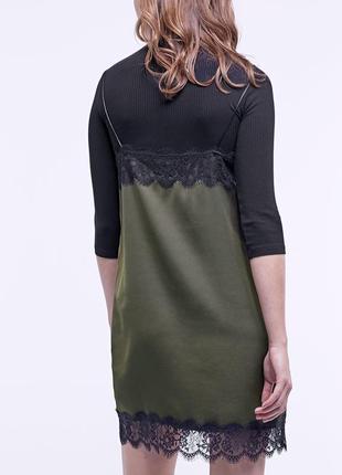 Stradivarius платье хаки
