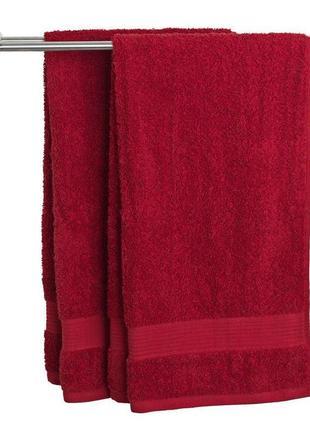 Красное полотенце 70x140 см