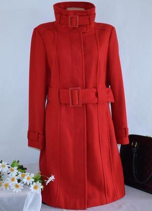 Темно-красное шерстяное демисезонное пальто с поясом и карманами marks & spencer этикетка