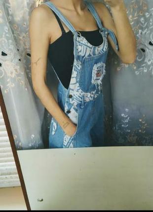 Новый джинсовый комбинезон с шортами женский