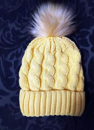 Шапка жіноча з помпоном/  шапка женская с помпоном