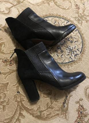 Продам итальянские демисезонные ботинки donald j pliner
