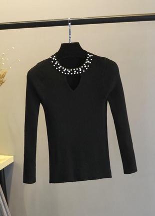 🌿 свитер/пуловер с v-образным вырезом и жемчугом