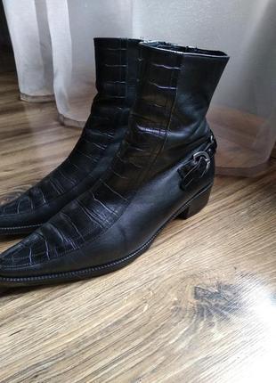Розпродаж! ботинки из качественной натуральной кожи lavorazione artigianale