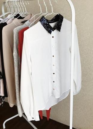 Рубашка sugarhill белая отличного рачества размер m воротник с блестками блузка