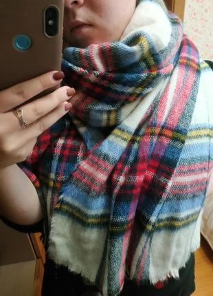 Шерстяной шарф в клетку